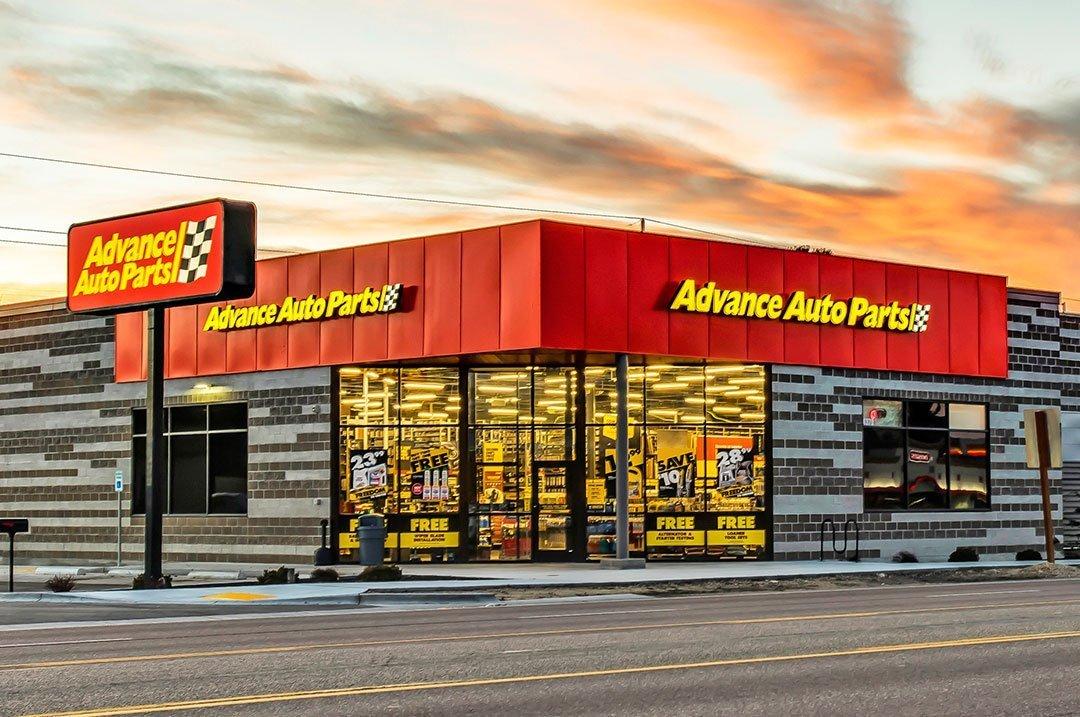 Retail Advanced Auto sign